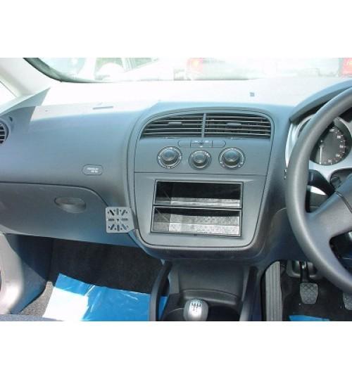 Dashmount 71076 Upper Console Mounting Bracket Seat Altea Single DIN radio Up to 2006