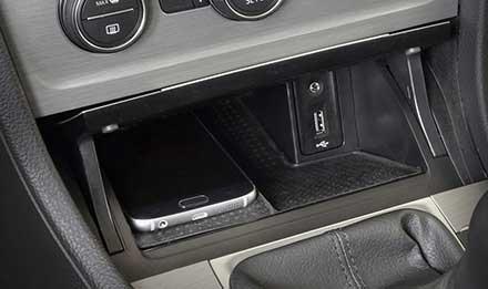 Golf-7-USB-AUX-Port-X903D-G7R