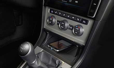 Golf-7-Wireless-Charging-Console-KCE-G6QI