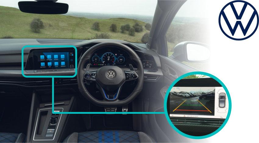 Volkswagen_Golf_MK8_Reversing_Rear_View_Camera_VW_Dash