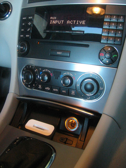 Mercedes c class w203 spec dock ipod iphone dock 2000 for Mercedes benz connect iphone