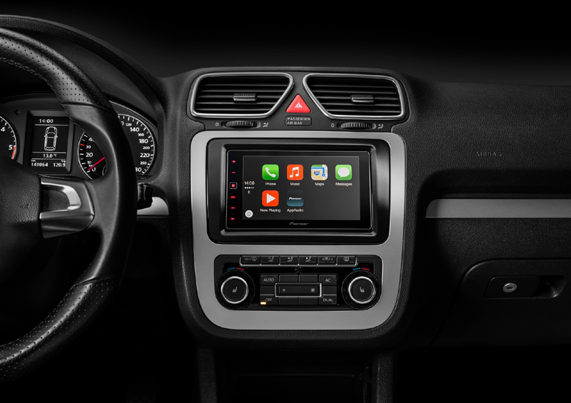 Pioneer touch screen car stereo with backup camera